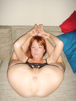 Bald slit wife with a agreeable looking vagina
