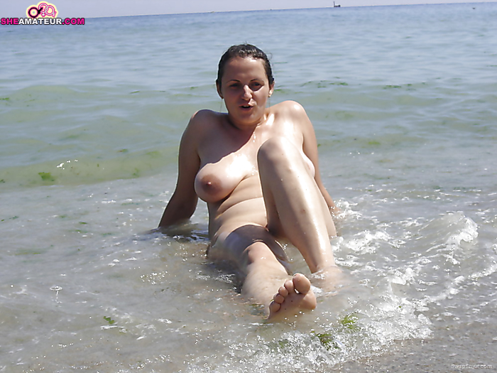 amateur sexy surfer wife