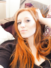 Gorgeous redhead Wanda shows us her nice body 1 of 2