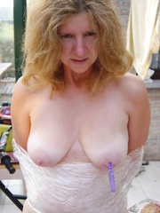 Catharina, sexy Belgian lady, showing it all on swapsmut