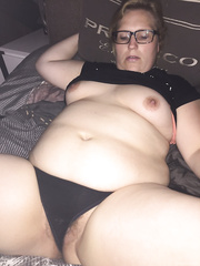 Elma is super horny bbw, she likes tributes