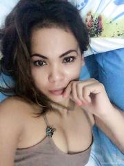 Super Hot Selfies of my Oriental Wife For Your Jerking Joy