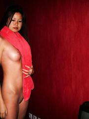 Hawt Oriental Leggy Hotty Odi for your viewing joy