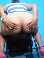 Little Mexican angel shows her worthy gazoo 01