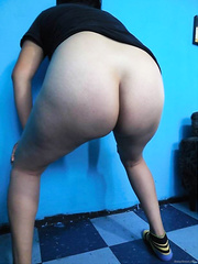Little Mexican hotty shows her priceless wazoo 02