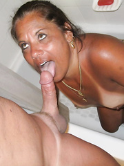 Hot mother i'd like to fuck taking my Cum in her face hole