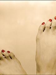 Just some of my cute feet an toes just for you KATIE