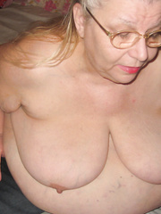 New nude pictures for you to enjoy love showing off bbw mature woman