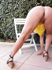 sexy milf LISA posing at home and at hotel