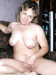 Natural Looking Body Indoors Outdoors and Pregnant