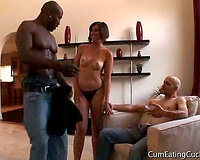 Interracial Porn! Dirty cuckold cum eating couple video