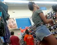 Spanish seductress in denim shorts have to be proud of her pleasing bum