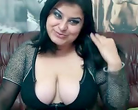 Chubby dark brown skank teases with her worthwhile cleavage