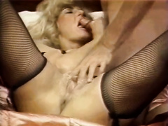 Scorching golden-haired chick in nylons her her holes punished