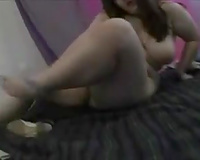 Chubby pale skin girlfriend teases me wit her voluptuous forms