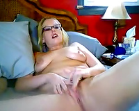 Pussy-fingering clip with a nerdy dilettante web camera blonde hussy
