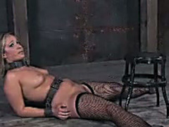 Lilyanna gives a oral and acquires beaten in BDSM video