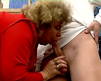 Fat granny gives a oral pleasure and receives her cunt licked and fingered