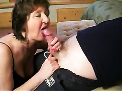 Drunk older hotwife of my coworker gives me a oral-job