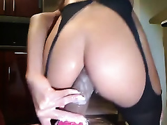 Impressive naughty livecam show of a hawt and hot milf