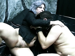 Bodacious doxies with large bra buddies take part in a 3some