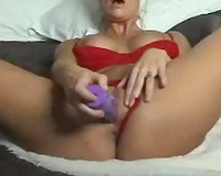 Chunky milfie from Sweden gave me intimate cam show