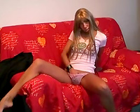 Cute and ribald Amsterdam bimbo can't live without flashing her goodies