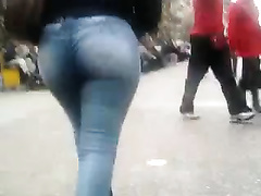 Amazingly hawt mother I'd like to fuck in jeans walks along the street