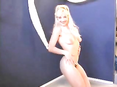 Slutty blondie with nice pantoons on casting rocking stripped