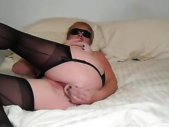 Insatiable for sex mama fingering and toying her fur pie in non-professional session