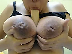 I milk my hooters and stuff my ass gap with a vibrator