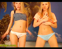 Blonde lesbos love the smack of fur pie