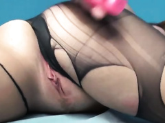 Phat assed beauty drills her fur pie with a sex tool