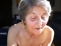Kinky granny with saggy bumpers gives me some cook jerking