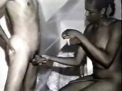 Somalian ebon whore jacks off my bounded dick