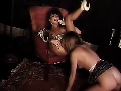 Two sexy vintage lesbos licks each other's twats