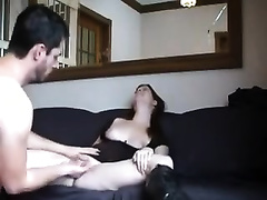 Sex-starved guy knows how to go down on his girlfriend