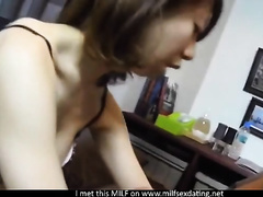 This sexual Japanese mother I'd like to fuck can't live without to have sex with her pants on