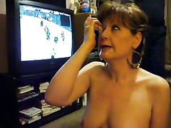 Sexy and horny cougar wanted to have her 1st ever facial