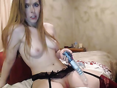 Naughty cheating wife reaches squirting big O in dilettante sex movie