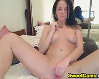 Nice Tits Babe Loves Masturbating Solo