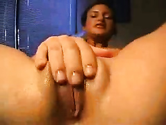Amazing latin chick with flat boobs diddling her cookie closeup