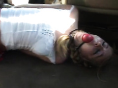 Sporty wife gets kidnapped gagged and raped roughly in a car