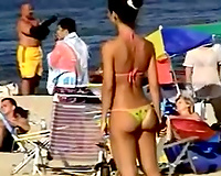 Spying on many sextractive ladies on the summer beach