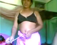 Submissive black skin Indian amateur wife feeding on a cock