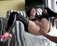 French wife squirts from rough fisting in her ass