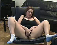 If there are fans for lascivious white non-professional big beautiful woman on web camera