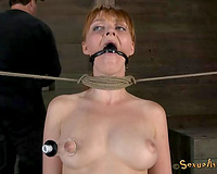 Red haired unrepining pale hottie acquires love muffins pumped and throat screwed