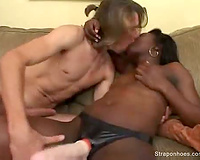 Black babe makes him engulf the dong