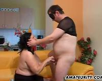 Chubby dilettante mama sucks and gets masturbated